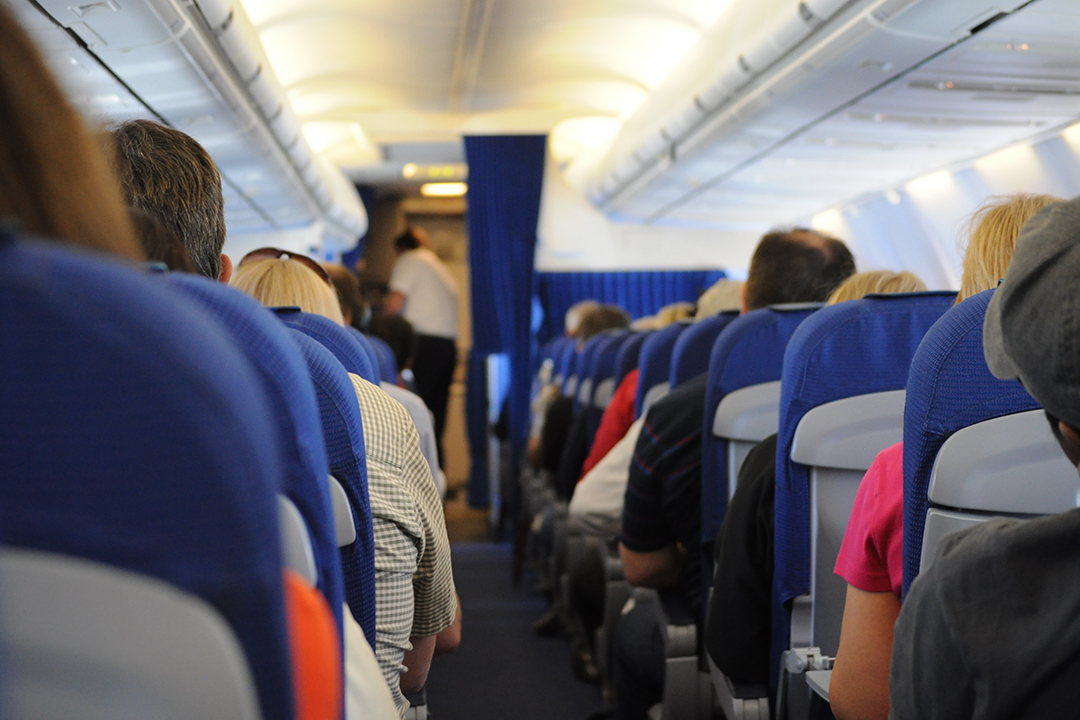 come-affrontare-lungo-viaggio-aereo